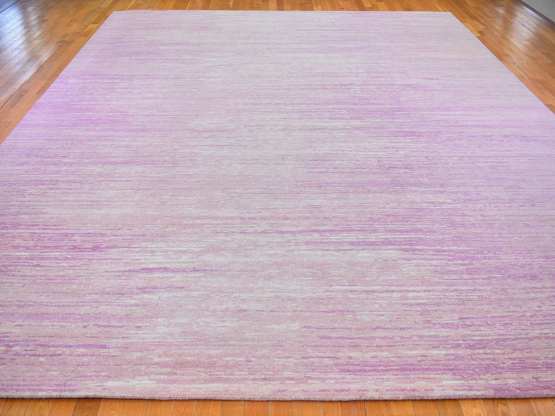 Modern & Contemporary Rugs LUV598194